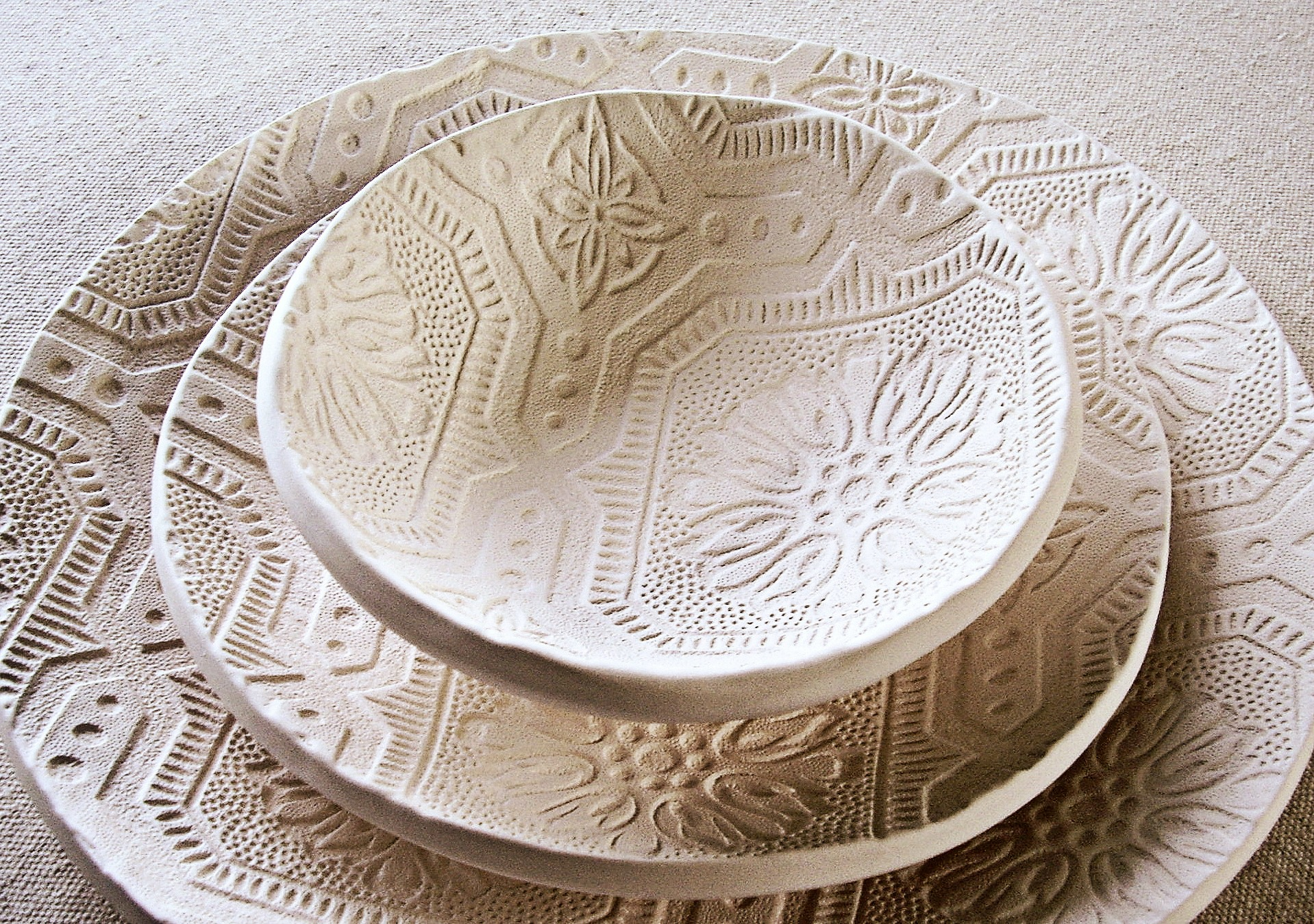 Plate designs pottery
